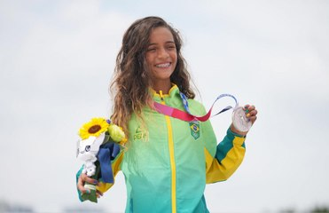 The Girl Who Went Viral for Skateboarding in a Fairy Costume at Age 7 Is Now an Olympic Medalist