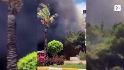 Casas evacuadas por el incendio forestal  que amenaza con asolar Manavgat, Turquía