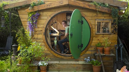 IKEA worker builds a 'Hobbit house' in his back garden
