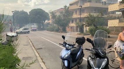 Incendi a Pescara: bagnanti in fuga, diversi feriti