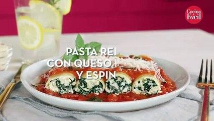 Pasta rellena con queso de cabra y espinaca. 