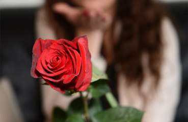 Andrej Mangold: Schlechte Tinder-Erfahrung