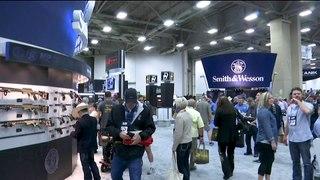México processa fabricantes de armas dos EUA