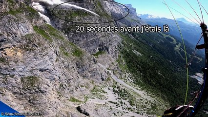 Un éboulement filmé par un parapentiste (Haute-Savoie)
