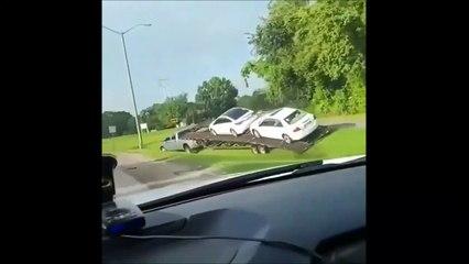 Ce transporteur de voitures aime prendre des raccourcis