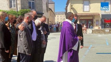 Prêtre tué en Vendée : revivez en images les obsèques du père Olivier Maire