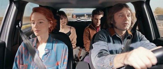 """Tráiler de la película """"Con quién viajas"""", de Martín Cuervo, con Salva Reina, Pol Monen, Ana Polvorosa y Andrea Duro"""