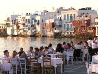 Griechenland ist Hochrisikogebiet: Das müssen Urlauber jetzt wissen