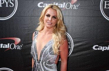 Britney Spears hizmetçisini mi dövüyor!