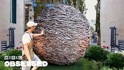 How This Craftsman Weaves Huge Wooden Sculptures