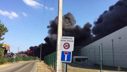 Incendie chez Passenaud Recyclage à Champagné (Sarthe) le 1er septembre 2021