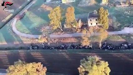 Puglia: inseguimento in elicottero filmato dai Carabinieri, arrestati due ladri d'auto nel foggiano - video