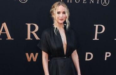 Jennifer Lawrence ilk çocuğuna hamile