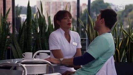 Félix sorprende a Gloria