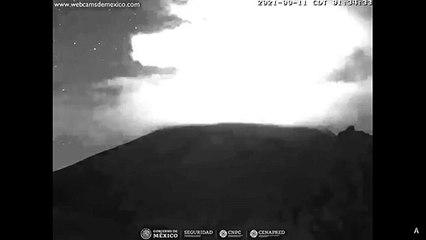 Popocatepetl Yanardağı'nda patlama oldu