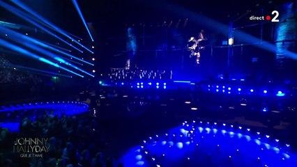 """Concert hommage à Johnny Hallyday : émotion sur """"Je te promets"""""""
