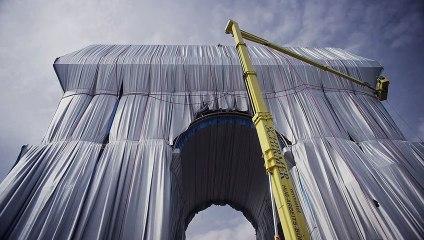 Christo y Jeanne-Claude empaquetan el Arco del Triunfo de París