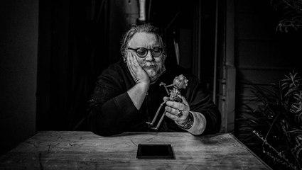 Guillermo del Toro Debuts 'Nightmare Alley' Teaser | THR News