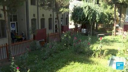 Las escuelas secundarias de Afganistán reabren, pero sin presencia de estudiantes mujeres