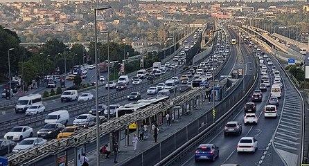 Haftanın ilk iş gününde trafik yoğunluğu