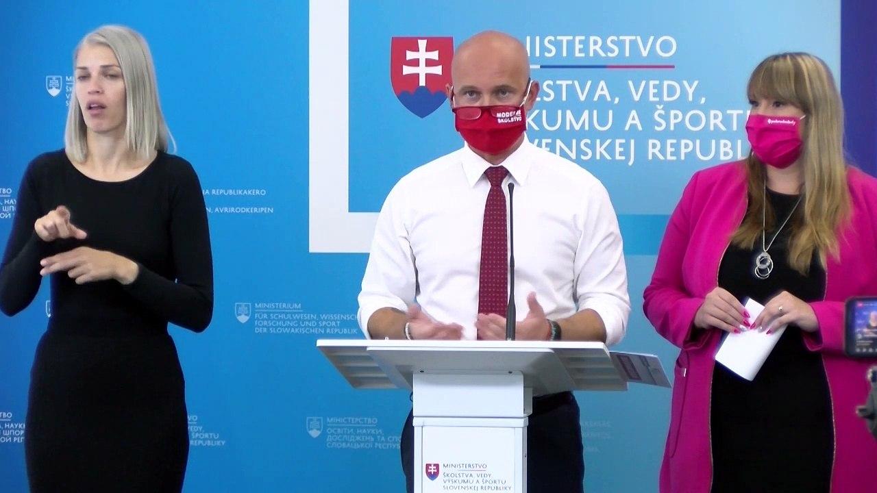 ZÁZNAM: B. Gröhling: Prvé financie z plánu obnovy pôjdu na podporu znevýhodnených žiakov