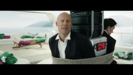 Recrean el rostro de Bruce Willis para un anuncio en Rusia