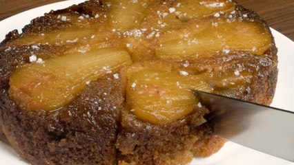 Slow Cooker Upside Down Pear Cake
