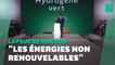 """Investir dans les """"énergies non renouvelables""""? Le lapsus de Macron est mal tombé"""