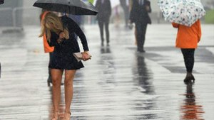 Kuvvetli geliyor! İstanbul, Ankara, İzmir dahil 48 ilde sağanak yağış etkili olacak