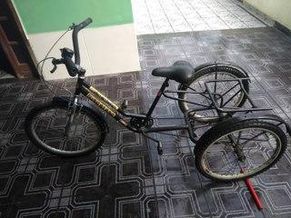 Criminosos roubam triciclo em Ilha dos Bentos, Vila Velha