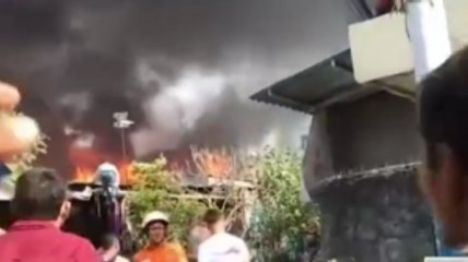 Puluhan Rumah di Tambora Terbakar
