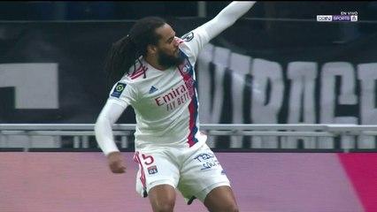 Gol de Denayer para Lyon ante Mónaco