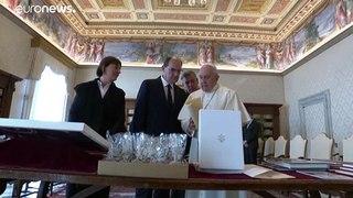 Primeiro-ministro francês encontra-se com o Papa Francisco