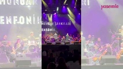 Uraz Kaygılaroğlu, Müslüm Gürses'in 'Nilüfer' şarkısını söyledi