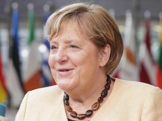 """""""Ein Vorbild"""": EU-Politiker und Obama verabschieden Angela Merkel"""