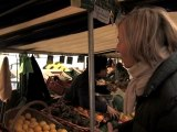 Marielle de Sarnez : marché des Batignolles