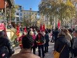 Des opposants attendent le Président de la République - Reportage TL7 - TL7, Télévision loire 7