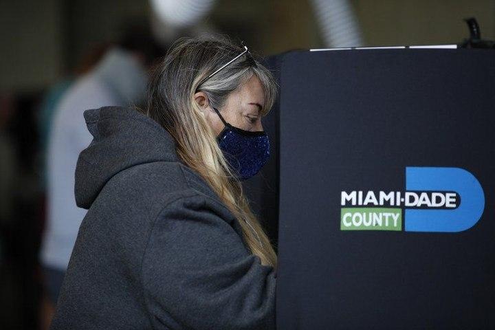 Comienza votación anticipada en Miami, Hialeah y Miami Beach   El Diario en 90 segundos