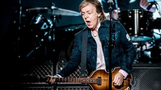 Sir Paul McCartney has stopped signing autographs