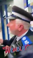 Un policier agressé par des jeunes délinquants à Londres !