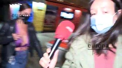 Anabel Pantoja disfruta con amigos sin preocuparse por las informaciones sobre su marido
