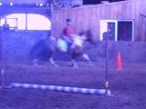 Fiona sur Gérboham et Moi sur Brook cour de saut, au galop