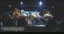 Live Forever Eagle4 Live in Bannalec Cover Oasis