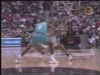 NBA BASKETBALL – Allen Iverson Move