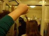 a la queue leuh leuh hiha angleterre couloirs tous fous fous