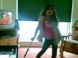 Wiktoria tańczy umbrella rihanna