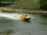 Le bateau qui fait du tout terrain O_o