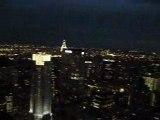 Une Vue NYC de nuit avec le Crysler building illuminé