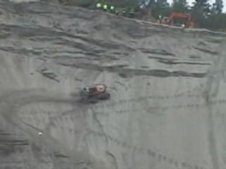 il grimpe, il grimpe