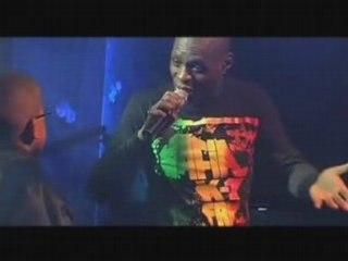 """kery james live feat béné titre:""""l'impasse"""""""